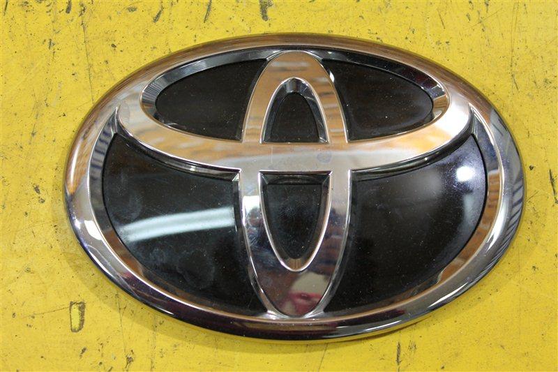 Эмблема крышки багажника Toyota Land Cruiser Prado 150 2017 задняя