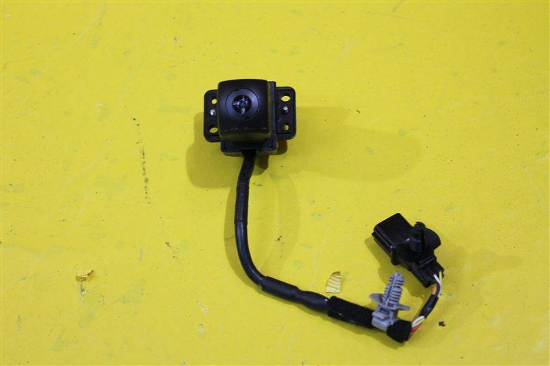 Камера в решетку радиатора Kia Optima 4 2015 передняя