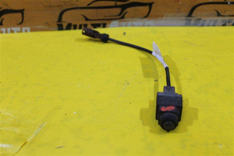 Камера в решетку радиатора Mercedes Ml W166 X166 C292 2011 передняя