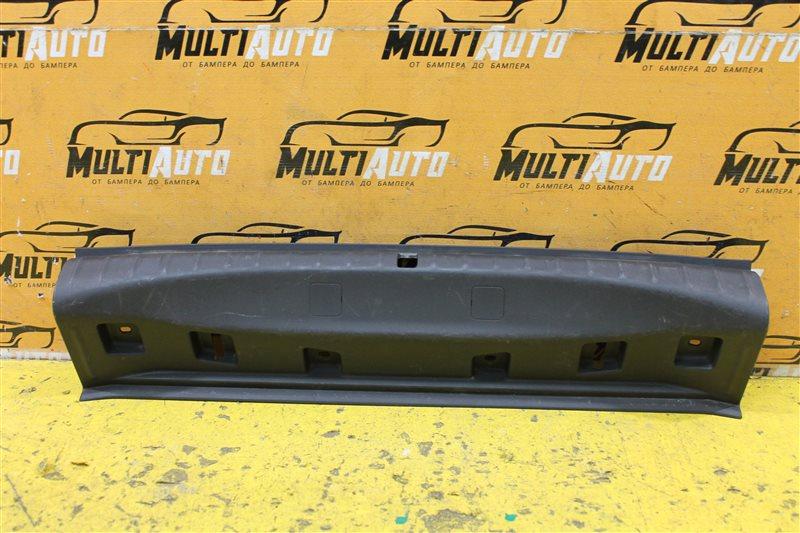 Накладка замка багажника Bmw 5 Series G30 2016 задняя