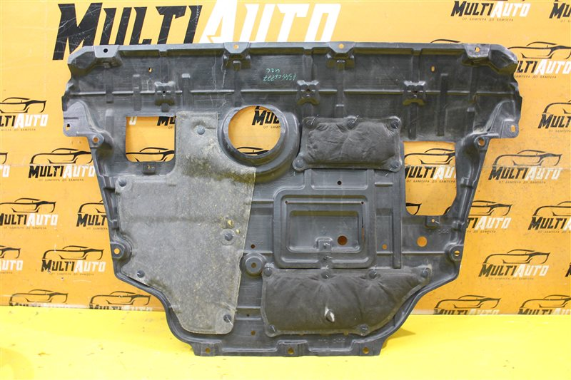 Пыльник двигателя Toyota Rav4 CA40 2013 передний