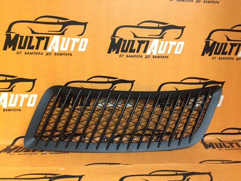 Решетка капота Mercedes Sprinter W906 левая