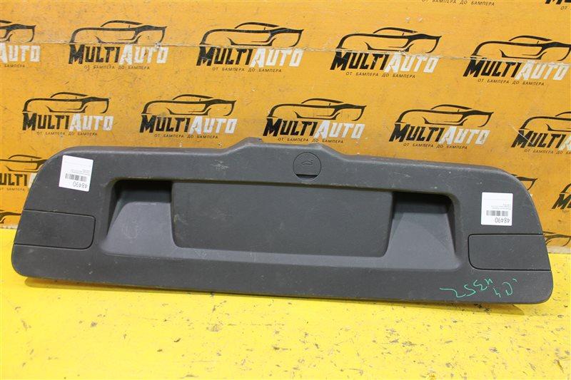 Обшивка крышки багажника Volkswagen Jetta 6 2010
