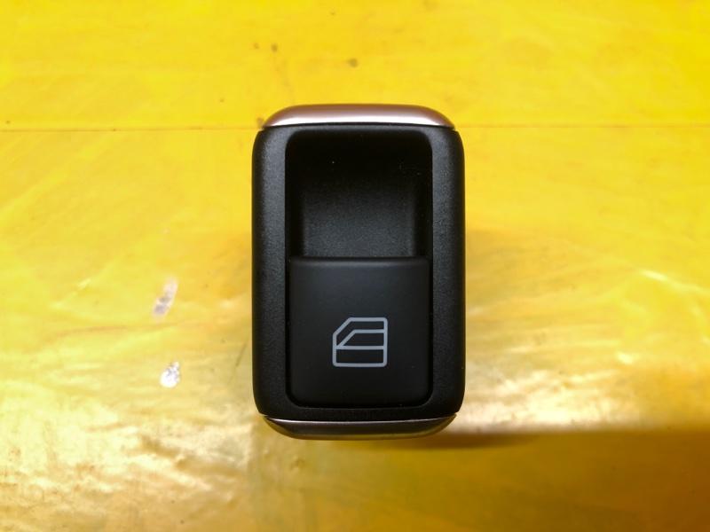 Кнопка стеклоподьемника Mercedes