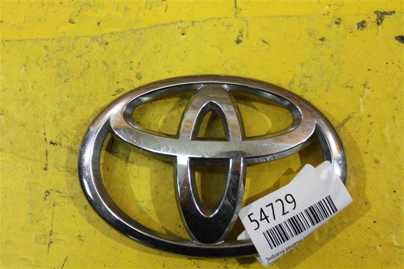 Эмблема решетки радиатора Toyota Rav4 CA30 2006 передняя