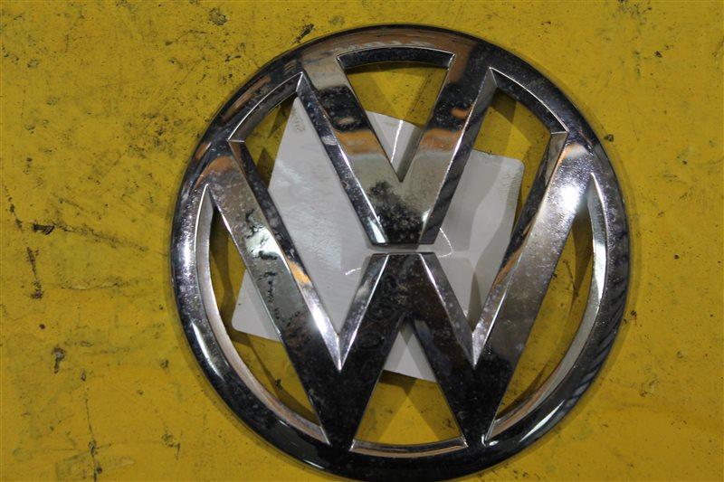 Эмблема крышки багажника Volkswagen Tiguan 2011 задняя