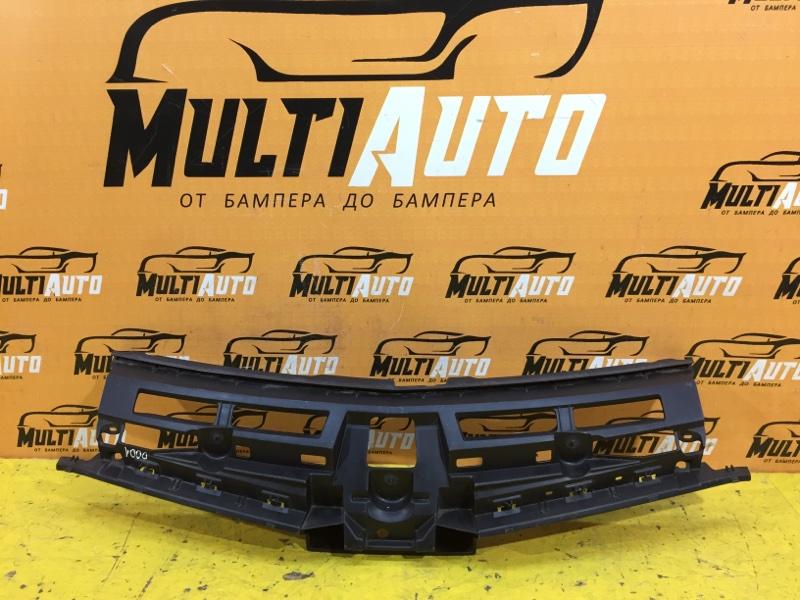Кронштейн решетки радиатора Renault Twingo 2