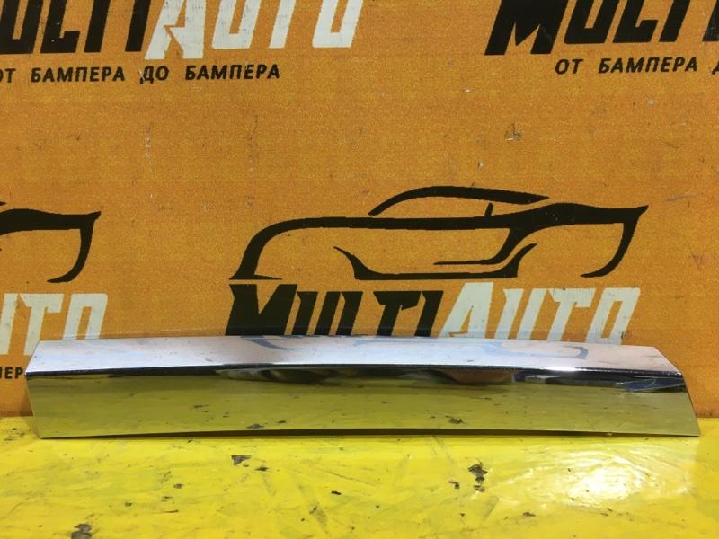 Хром решетки радиатора Mercedes Gl X164 передний правый