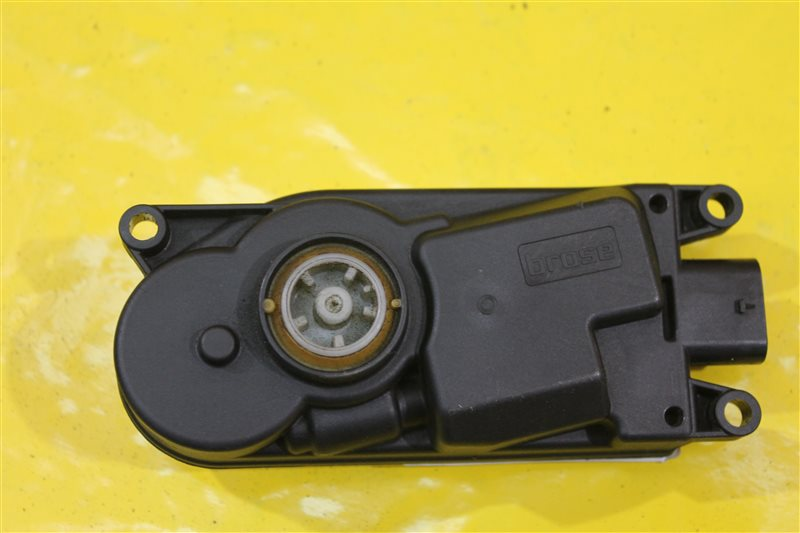 Мотор заслонки радиатора Bmw 5 Series G30 2016