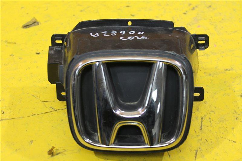 Эмблема решетки радиатора Honda Cr-V 4 2012