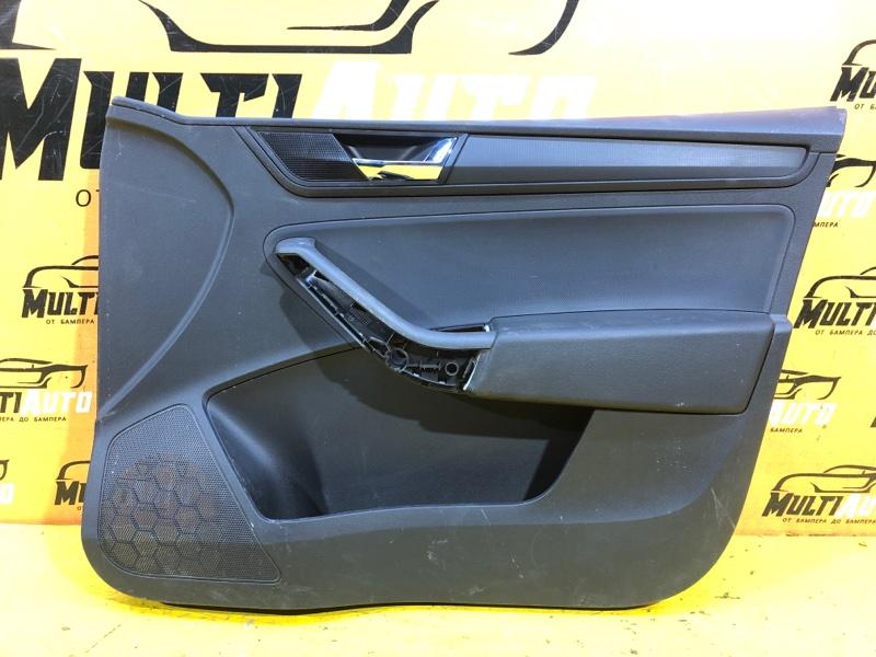 Обшивка двери Skoda Rapid 1 2012 передняя правая