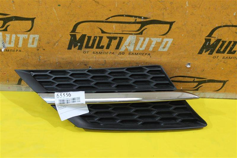 Накладка решетки радиатора Toyota Rav4 CA40 2013 передняя правая
