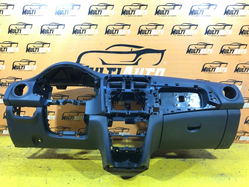 Торпедо Renault Logan 2 2013