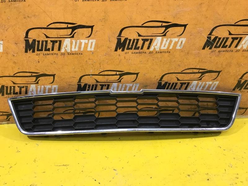 Решетка радиатора Chevrolet Aveo T300 2011