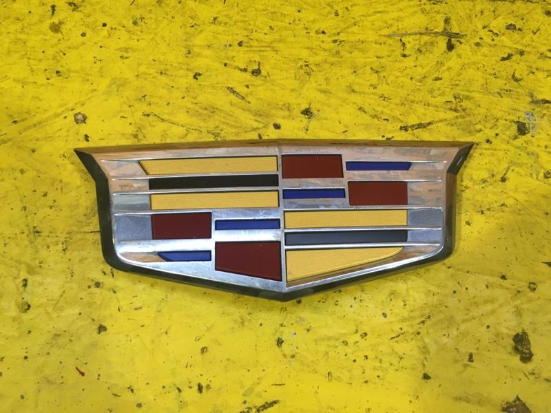 Эмблема решетки радиатора Cadillac Escalade 4 2014