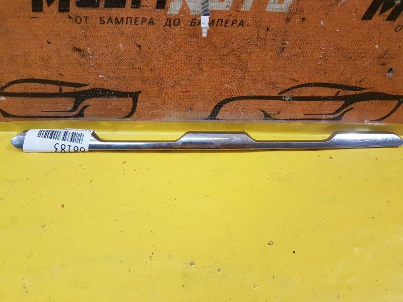 Хром решетки радиатора Mercedes Glc X253 2019 передний