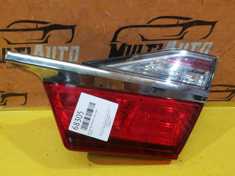 Фонарь внутренний Toyota Camry 55 2014 задний правый