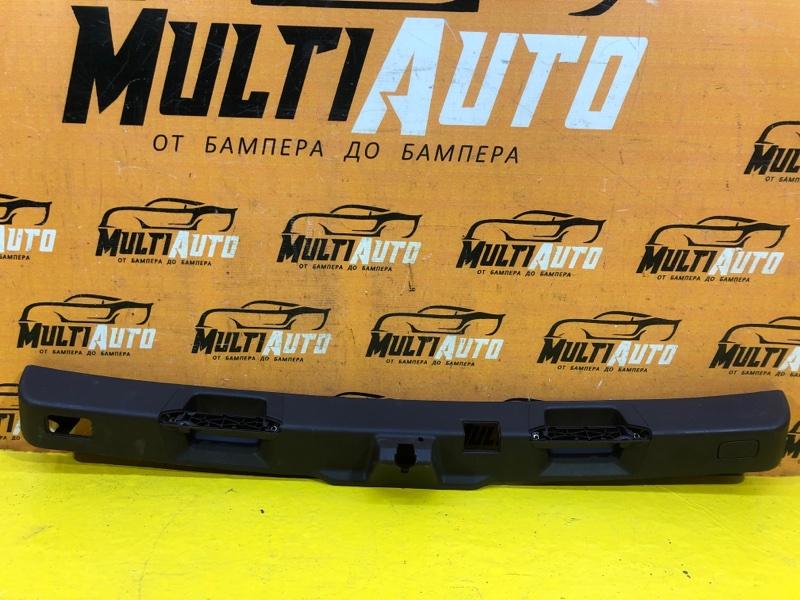Накладка крышки багажника Mercedes Ml W166 2011