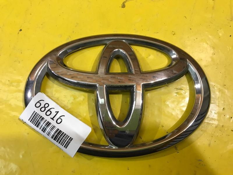 Эмблема решетки радиатора Toyota Land Cruiser 200 2007 передняя