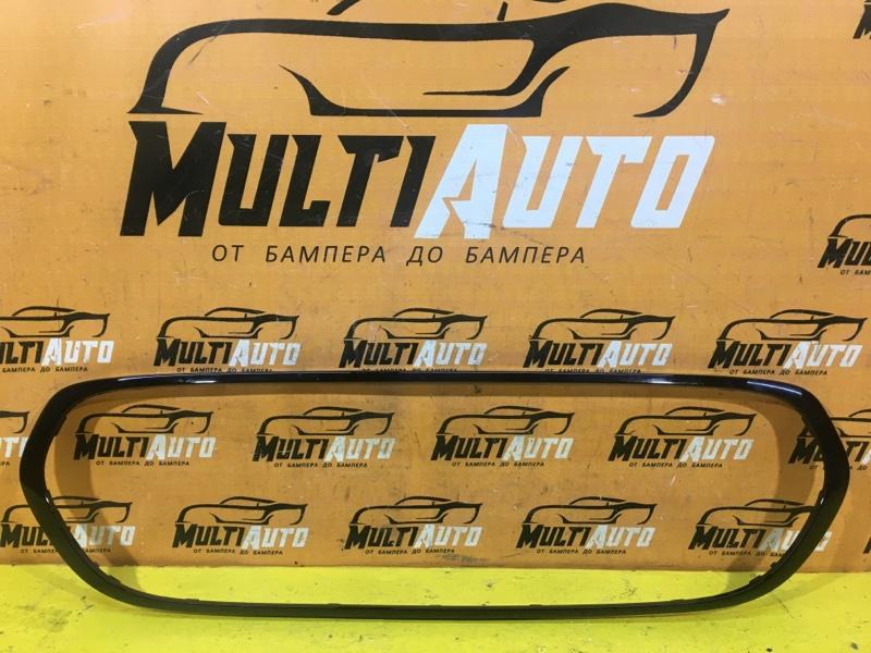 Накладка решетки радиатора Mini Cooper Hatch F55 2014