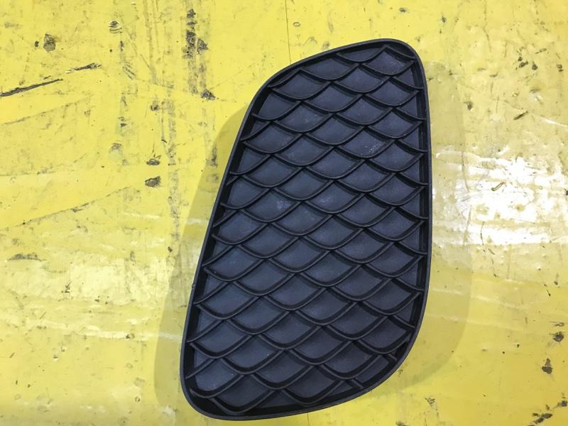 Решетка в бампер Mercedes Glc X253 2019 передняя правая