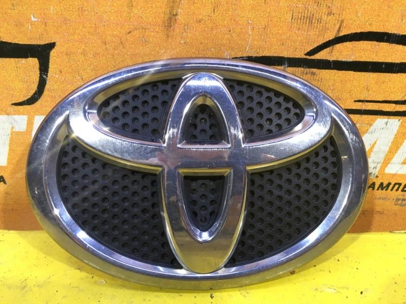 Эмблема крышки багажника Toyota Rav4 CA40 2015