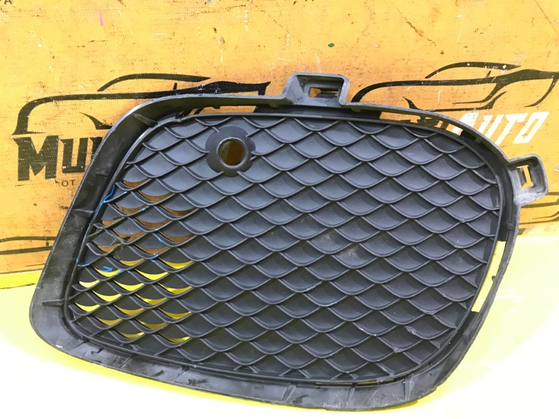 Решетка в бампер Mercedes Gle C292 2015 передняя правая