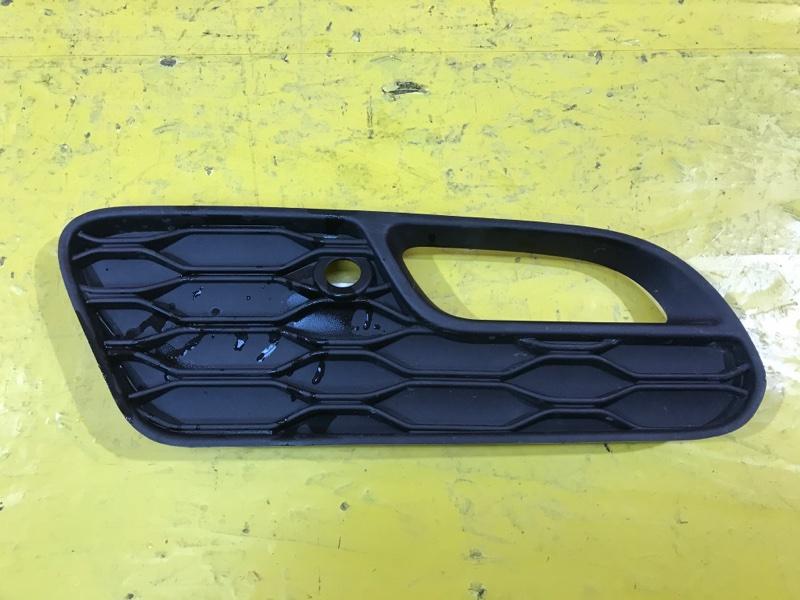 Решетка в бампер Mini Cooper Hatch F55 2013 задняя правая
