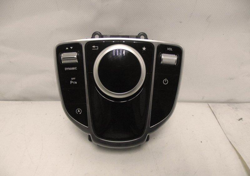 Блок управления магнитолой Mercedes C