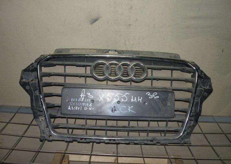 Решетка радиатора Audi A3 3 8V 2012