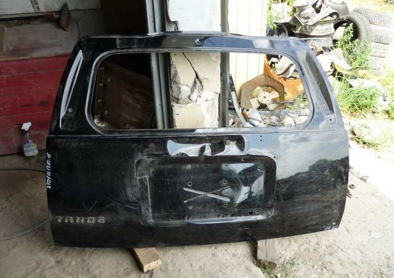 Крышка багажника Chevrolet Tahoe 3 2006 задняя