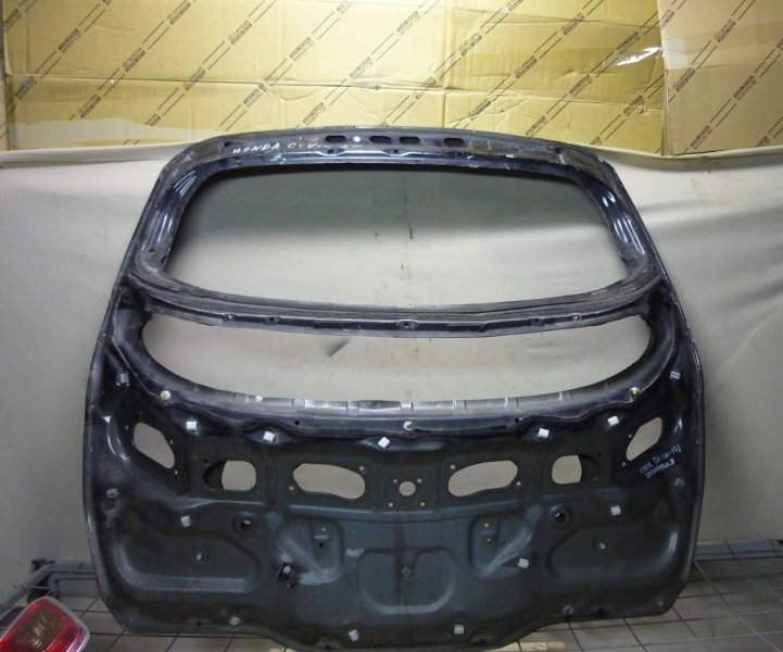Крышка багажника Honda Civic 8 2006