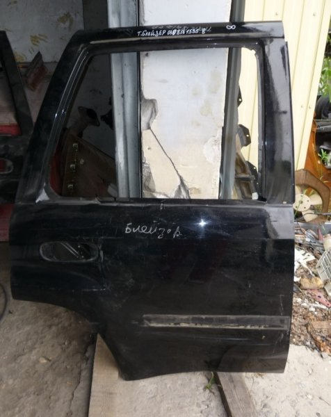 Дверь Chevrolet Trailblazer `1 2001 задняя правая