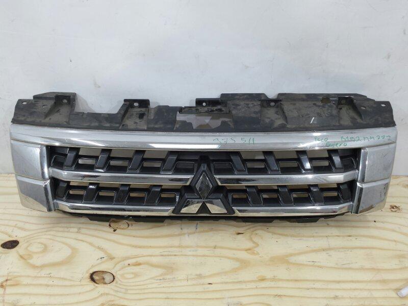 Решетка радиатора Mitsubishi Pajero 4 2014