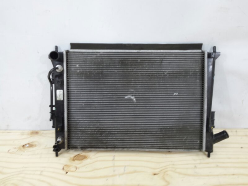 Радиатор охлаждения двс Hyundai Creta 1 2016