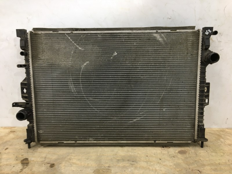 Радиатор охлаждения двс Volvo Xc60 1 2008