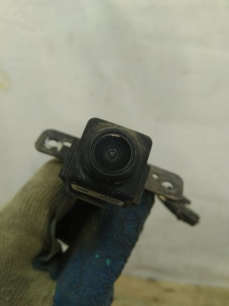 Камера фронтальная Nissan Pathfinder `4 R52 2012 передняя