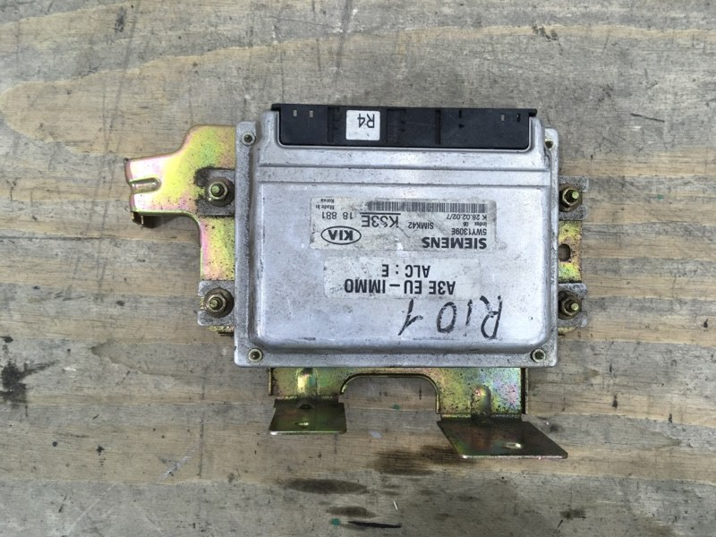 Блок управления двигателем Kia Rio 1 2000