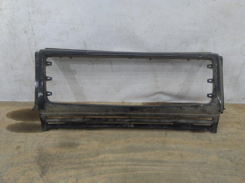 Решетка радиатора Mercedes G W463 2007