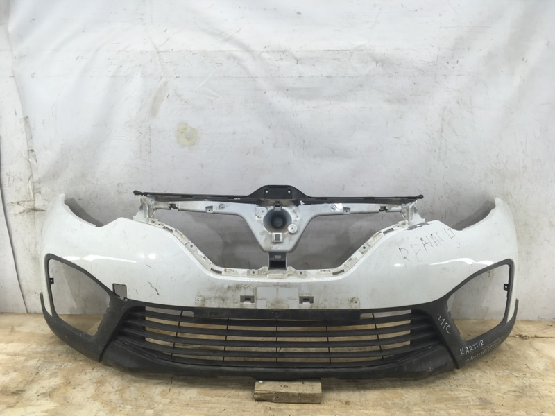 Бампер Renault Kaptur `1 2016 передний