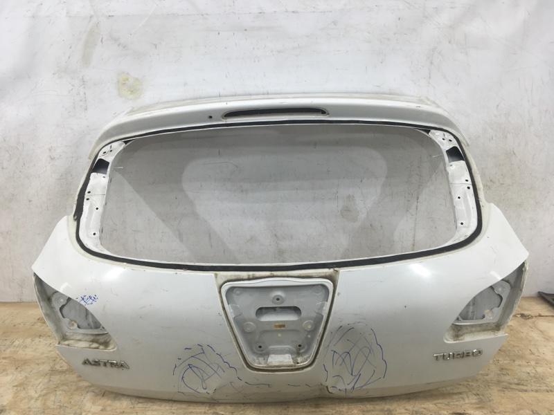 Крышка багажника Opel Astra J 2009 задняя