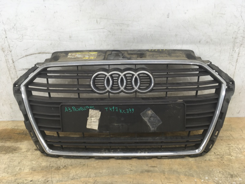 Решетка радиатора Audi A3 3 8V 2016