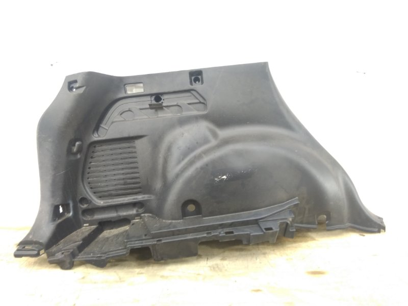 Обшивка багажника Toyota Rav4 `40 2015 задняя левая
