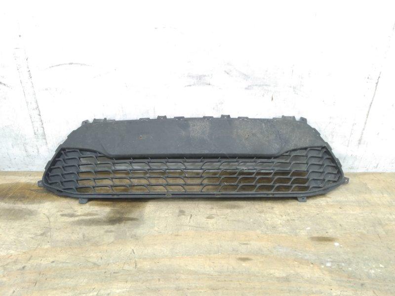 Решетка в бампер Hyundai I30 `1 2010