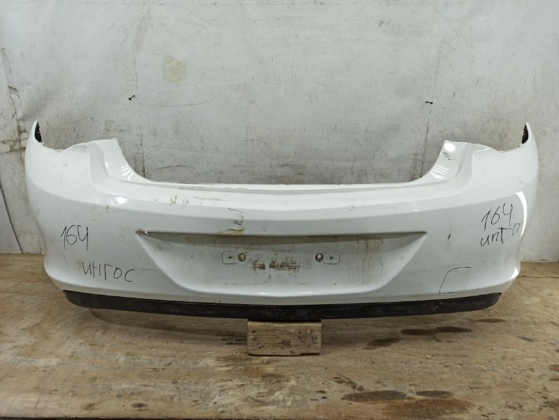 Бампер Opel Astra J 2010 задний