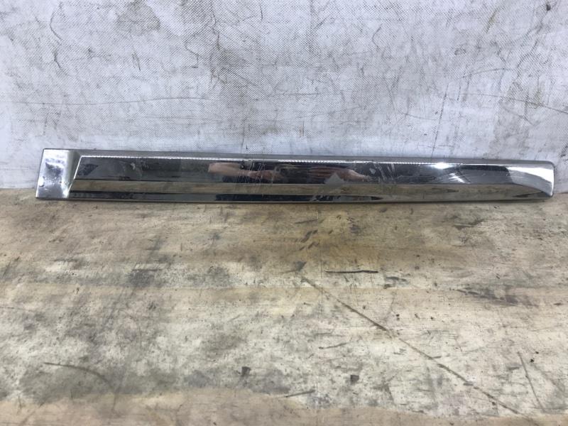 Накладка задней двери Nissan Pathfinder 4 R52 2012 задняя правая