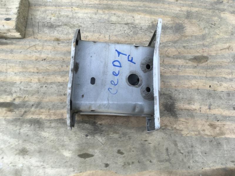 Домик усилителя Kia Ceed 1 2007 правый