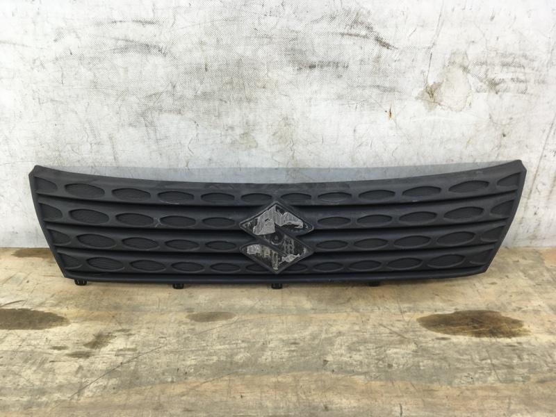 Решетка радиатора Suzuki Vitara 2 2018