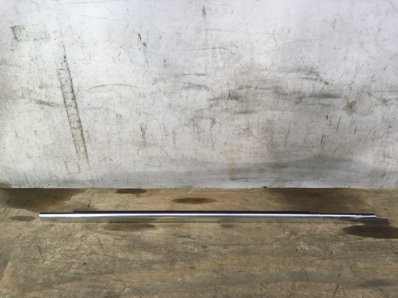 Молдинг двери Mercedes Glc X253 2015 передний правый
