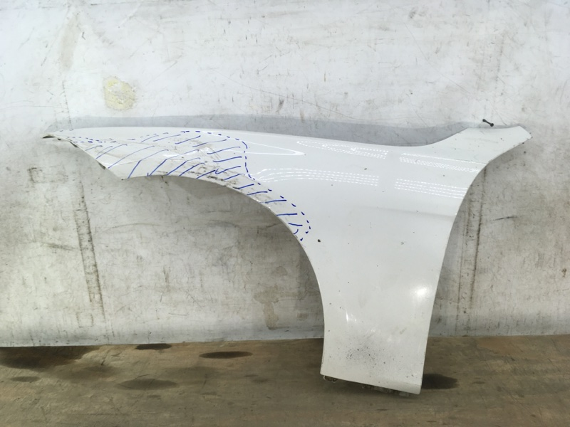 Крыло Bmw 3 F30 2011 переднее левое